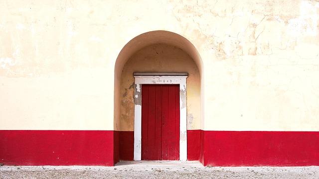 Wykorzystać przestrzeń drzwi
