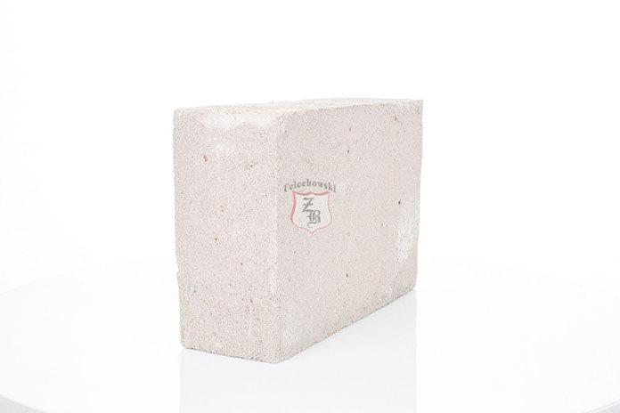 Jak wypoziomować bloczki betonowe?