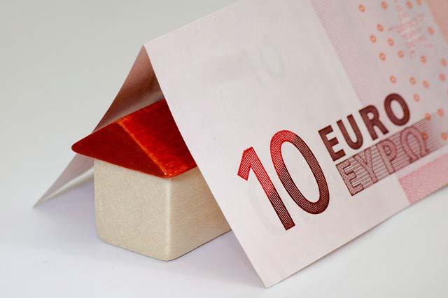 Jak sprawnie sprzedać dom obciążony kredytem hipotecznym?